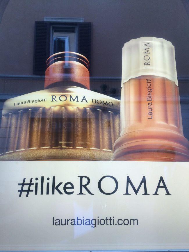 #ilikeROMA, Laura Biagiotti's hashtag in their shopping windows in Via Mario De Fiori.  #SocialAndTheCity
