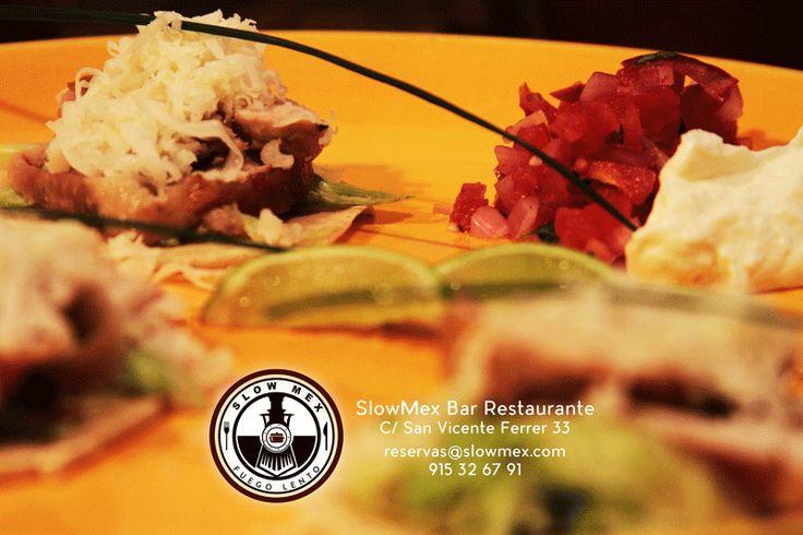 Tacos con tortillas caseras Pescado frito con especias cajún ¡Muy ricos! reservas 915326791 #madrid #Slowmex