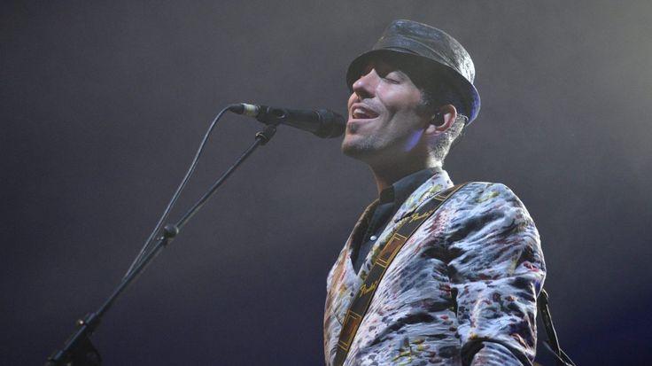 France 3 Bretagne vous fait vivre le festival Interceltique de Lorient au cœur de l'une des scènes les plus dynamiques : le quai de la Bretagne. Tous les soirs, musiques celtiques et interviews en direct sur notre page Facebook !