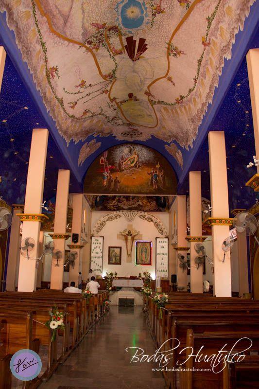 Hermosa iglesia de Nuestra señora de Guadalupe ideal para tu boda en playa por Bodas Huatulco