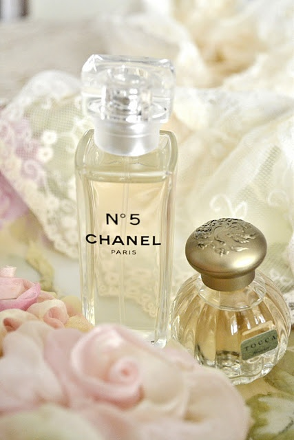 ♥ I have worn Chanel No5 since my uncle bought it for me when I was in jr. high. I still love it!
