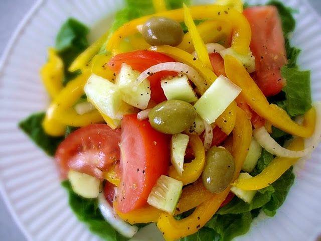 Raw on $10 a Day (or Less!): Mimi Kirk's Simple Mediterranean Salad ~ Raw Food ...