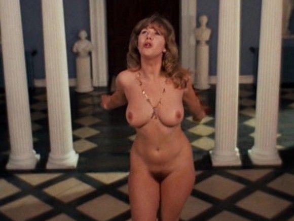 sexy nude girl gets banged