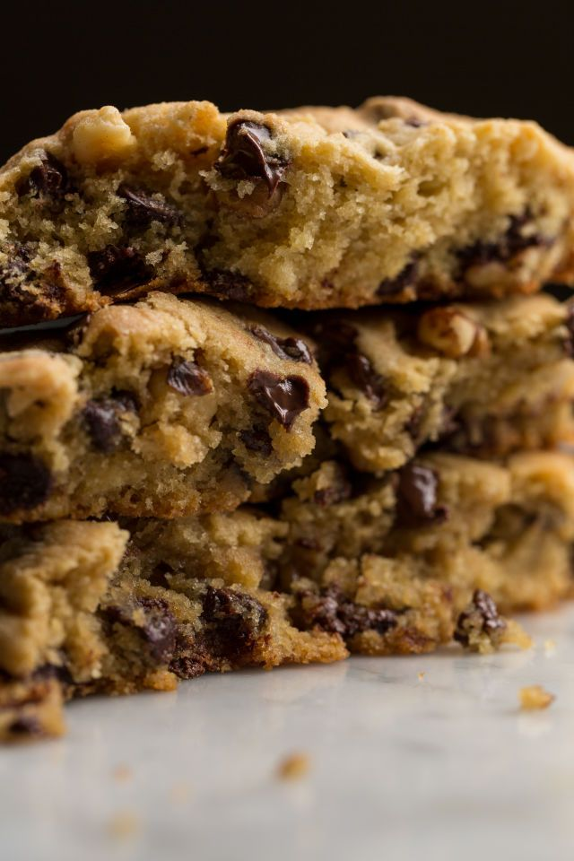 Make those delicious DoubleTree Hotel chocolate chip cookies at home with this copycat recipe.