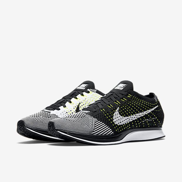 huge discount 548f2 f2bda Nike Flyknit Racer Unisex Running Shoe (Men s Sizing)   Workin on my  Fitness   Pinterest   Nike flyknit racer, Nike flyknit racer black and Nike  flyknit