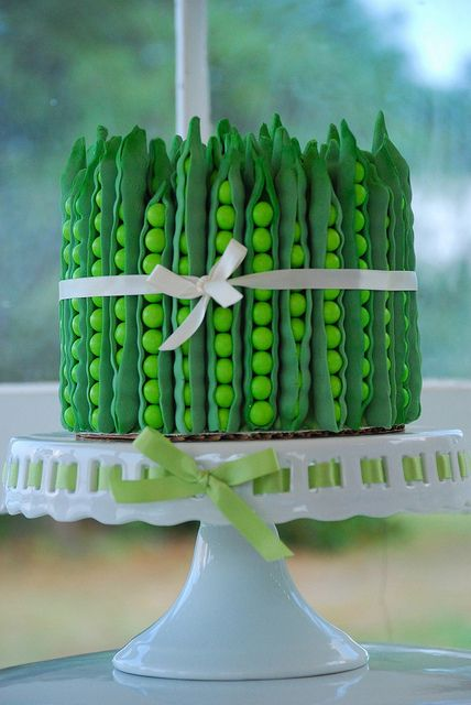 would be so cute for a baby shower! 'sweet pea'