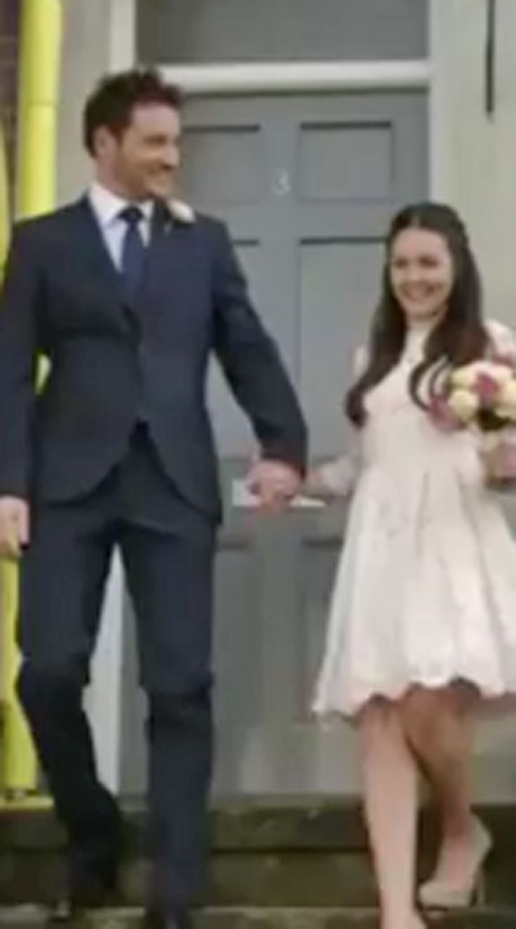Eastenders' Stacey Branning's wedding dress provoked the most *shocking* Twitter reaction...