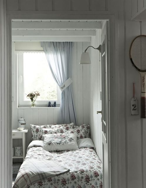 Boutique de la Mer: French Seaside Style in a Swedish Cottage Home