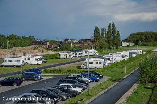 Camperplaats Kleve (Reisemobilstellplatz Van-den-Bergh-Straße [Bahnhof]) | Campercontact