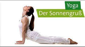 Yoga Sonnengruß - so geht der Fuß leicht nach vorn (YOGABASICS) - YouTube