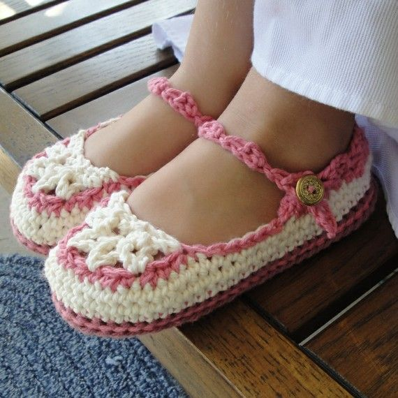 Toddler Crochet Pattern Mary Jane Slippers PDF 20 by Genevive, $4.95