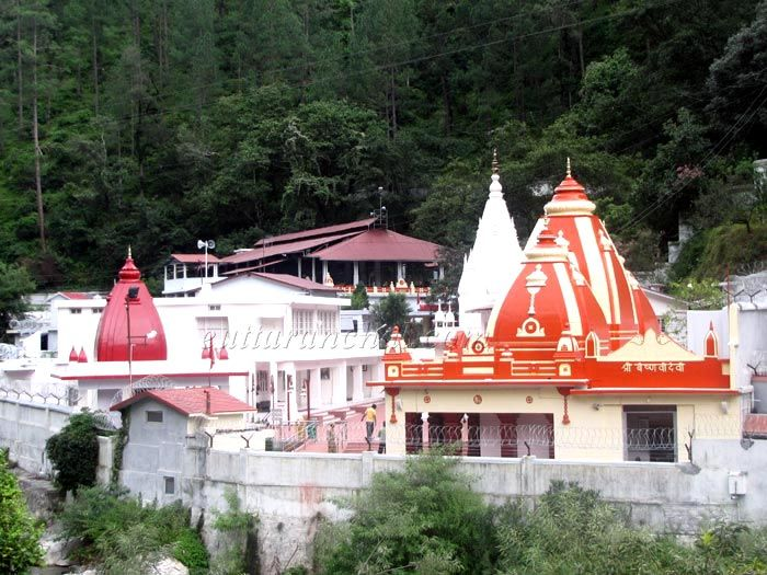 Kainchi Temple on way to Ranikhet Hill Station in uttarakhand visit places list. This temple is very famous. Ranikhet previously was under the Nepalese Rule, and the Kumaonese (people of Kumaon Region) won it under the leadership of their able General Kashi Nath Adhikari – after whom the small town of Kashipur was named (which at one point of time was the gateway to hills. More detail about best places to visit in Ranikhet Hills Station…