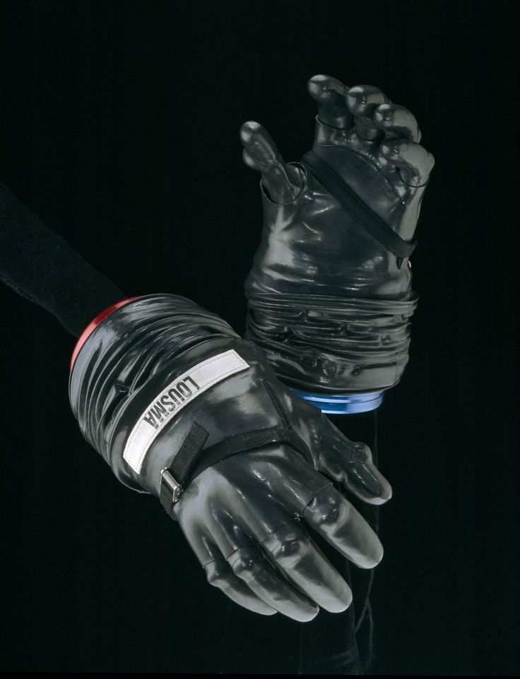 1000+ images about Space glove on Pinterest | Models ...