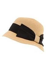 cloche hat: Hangin Clothess Hatss Jewelss, Fashion, Favorite Accessories, Straws Hats, Bows, Natural Straws, Closet, Straws Cloche Hats, Mad Hatt