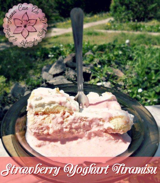 Strawberry Yoghurt Tiramisu - Anna Can Do It!