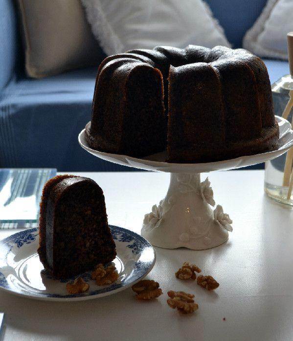 Κέικ σιροπιαστό με καρύδια της κυρίας Μαίρης - Sweetly