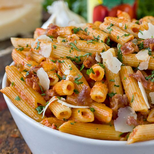Penne alla VodkaDinner, Penne Alla Vodka, Vodka Recipe, Yummy Food, Pasta Dishes, Penne Vodka, Pennevodka, Vodka Pasta Recipe, Weeknight Meals