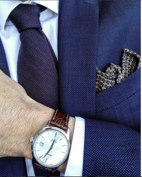 #cravate #pochette #cachemire #details #atelierparticulier #handmade #luxe #madeinFrance #madeinItaly