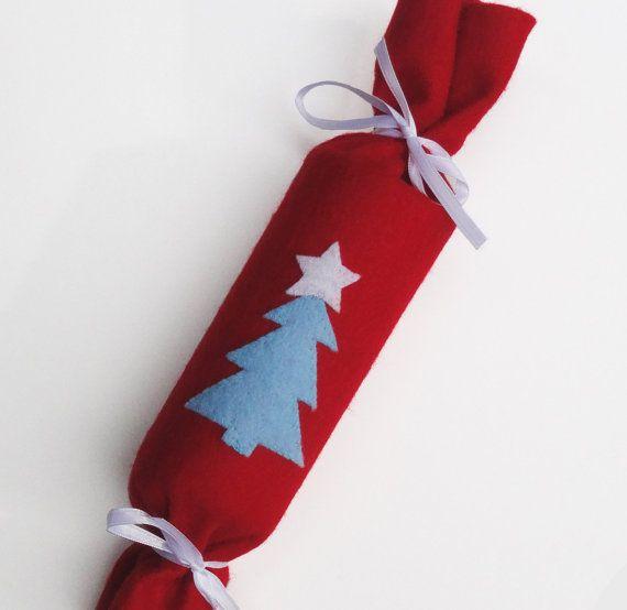 Christmas crackers for kids, re-usable!
