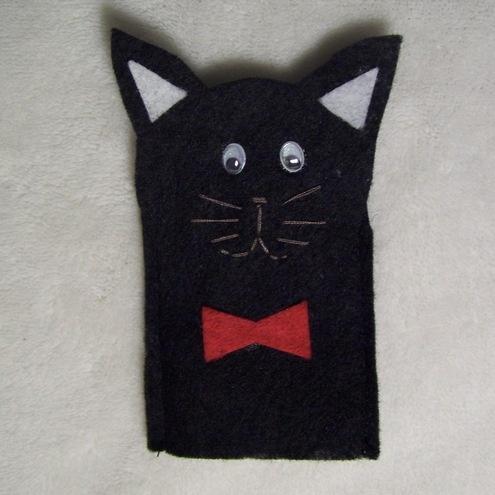 Black cat finger puppet
