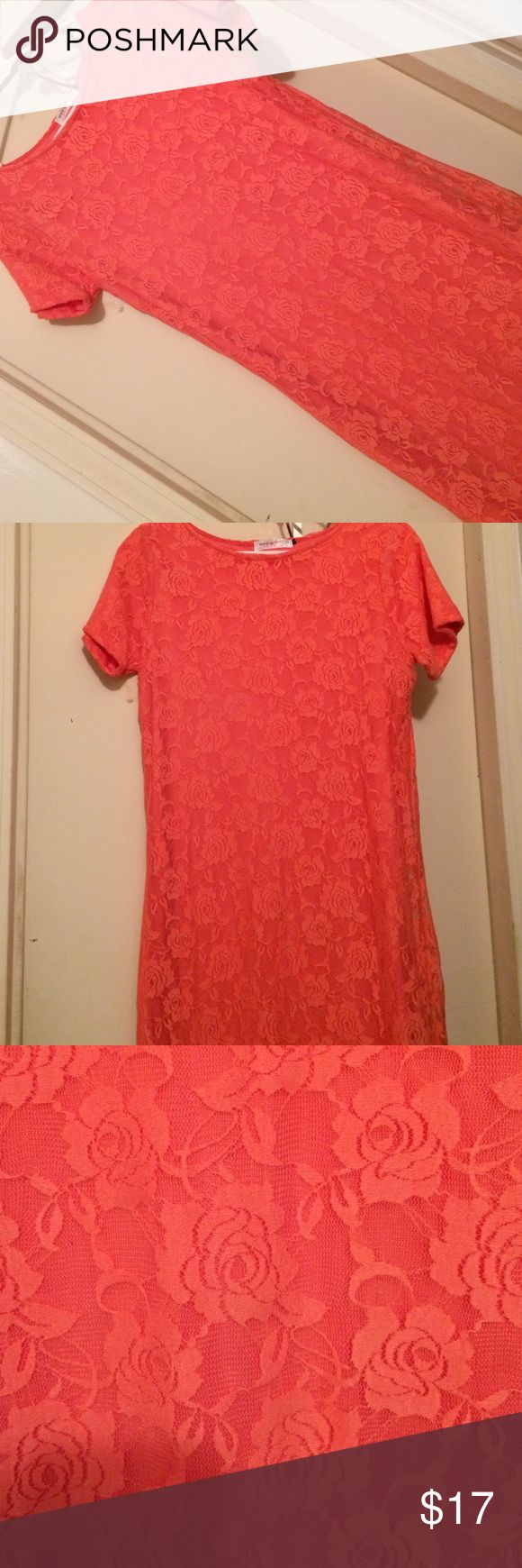 Peach lace dress Peach full lace dress, knee length! Great for Easter/spring events. No snags or issues Dresses Midi