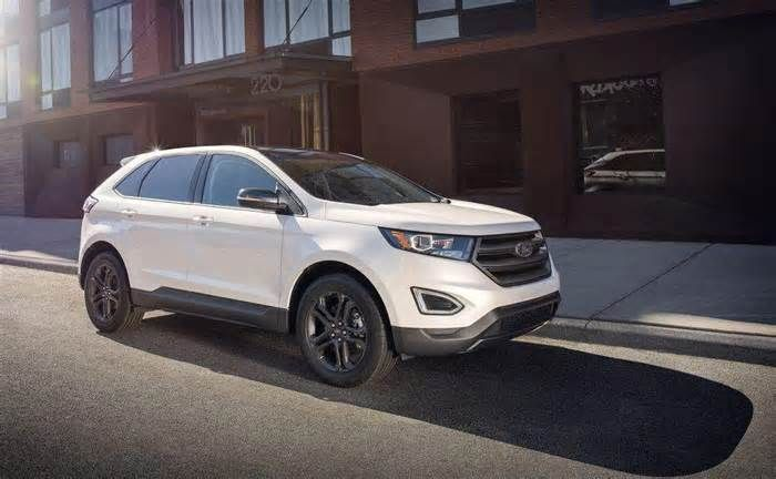 Review: Ford Edge Sport goes like Paul Bunyan's tomahawk A thick leather-wrapped steering wheel begs to be worked. Subtle carbon detailing on the dash and piano black finishes are nicely applied – as is the 12-speaker Sony audio system that rocks the 'hood. Load your gear through the foot-swipe power rear ...