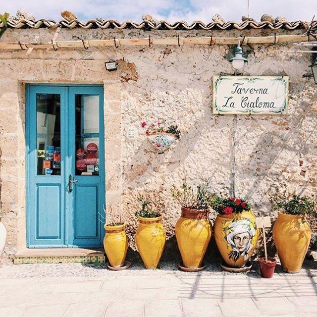 Piazzetta Di Marzamemi, Sicily | Italy  #italy #sicily #syracuse #italia #piazzettadimarzamemi #magical #travel #travelphotography #travelgram #travelersnotebook #localtour #localtravel #lovetotravel #traveldiary #travelbug #wanderlust #instatravel #localwhispers #beautifulplaces #traveladdict #sunset #cannes #travellife