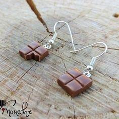 Boucles d'oreilles carrés de chocolat au lait croqué (fimo)