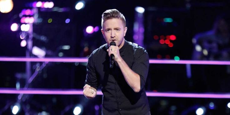 "Billy Gilman Wows with ""Fight Song"" During Knockout Round on ""The Voice"""