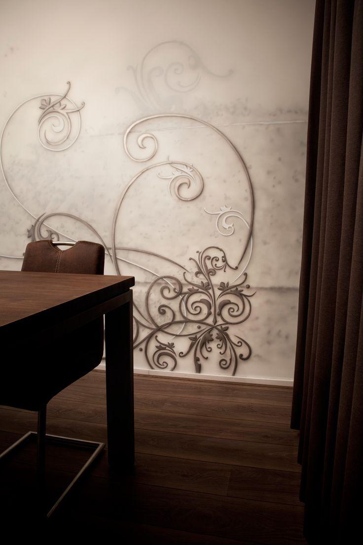 Gezellige etentjes met vrienden of familie krijgen nog meer sfeer met deze stijlvolle krullen op de muur…