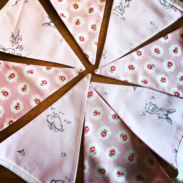 This lovely bunting was made for the winner of the competition a few weeks ago, for a little girls bedroom! It's just gorgeous and both the fabrics go so well together! . . . #janeys #bunting #bunnies #flowers #rabbits #pink #girlie #handmade #crafter #giveawaywinner