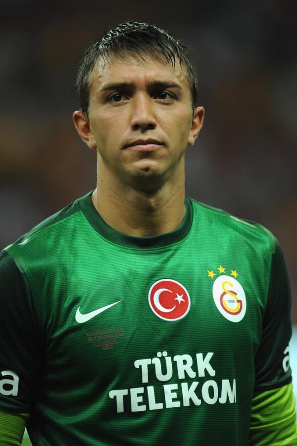 One of the best goalkeepers! Nando Muslera canım canım :))
