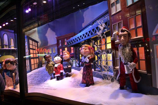 """Рождественский Нью Йорк - 2015. Macy's. Тема - """"Рождество Чарли Брауна"""", очень популярный в здешних местах мультфильм."""