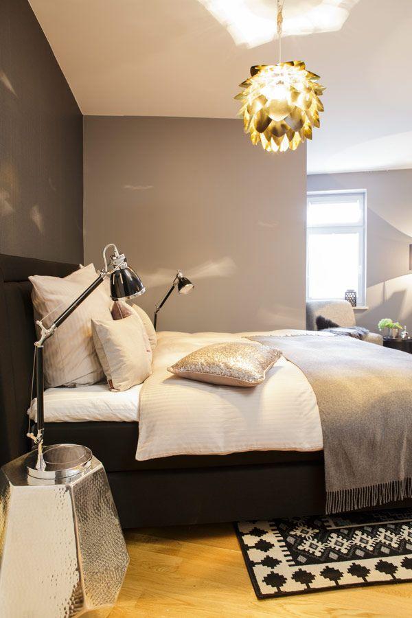 ber ideen zu dunkle w nde auf pinterest schwarze w nde schlafzimmer und dunkelblaue. Black Bedroom Furniture Sets. Home Design Ideas