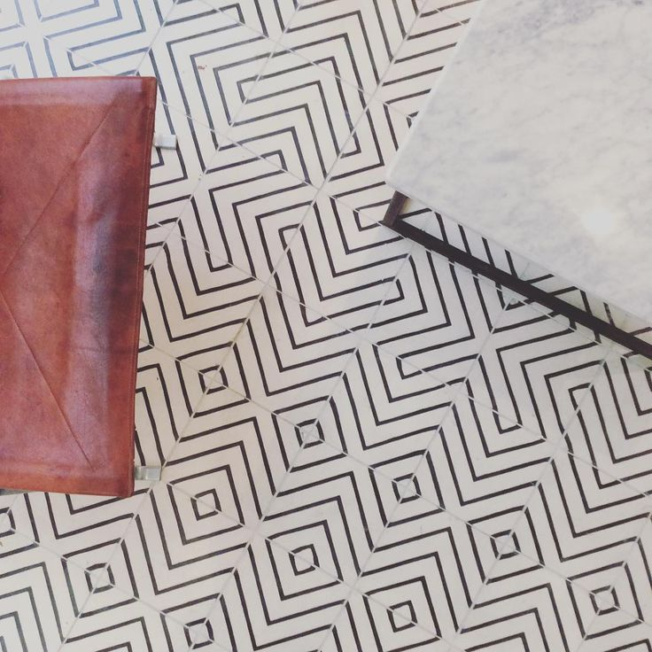 New office floor goose-eye milk/kohl designed by #matstheselius #MarrakechDesign #kakel #klinker #fliser #tiles #flooring #cementtiles #betongplattor #handmadetiles #gooseey #contemporarytiles #hall #hallway #kitchen #kök #badrum #bathroom #renovering
