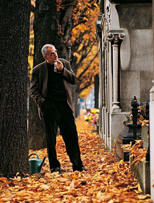mabellonghetti:    Krzysztof Kieślowski photographed by Catherine Chabrol, 1992