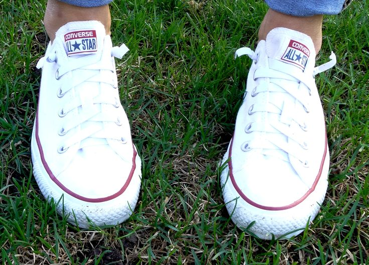 DIY Converse All Star slip ons.. Replace shoelaces with elastic! And use Scotch Guard to keep them looking whiter longer!