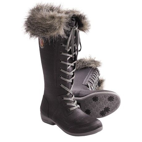 Cute winter snow boots. Removable fur lining. waterproof, and so cute.