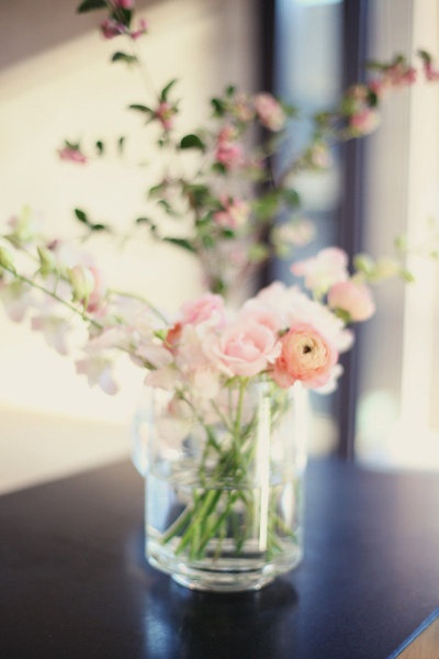 1000 Images About Ranunkler On Pinterest Wedding Table Centerpieces Mercury Glass And Blush