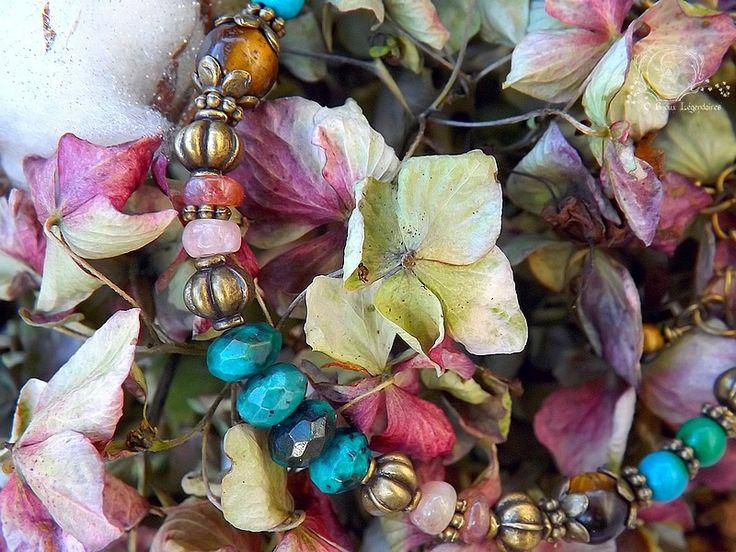 Bracelet Tourmaline, Turquoise africaine, Chrysocolle et Oeil de tigre: ᘛ Murmures enchantées ᘚ : Bracelet par obijouxlegendaires