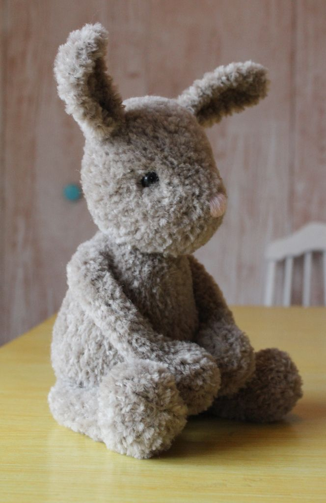 We love this adorable bunny plush! Make him just in time for Easter with Lion Brand Luxe Fur! Get the knit pattern by Yarnigans now on Ravelry!