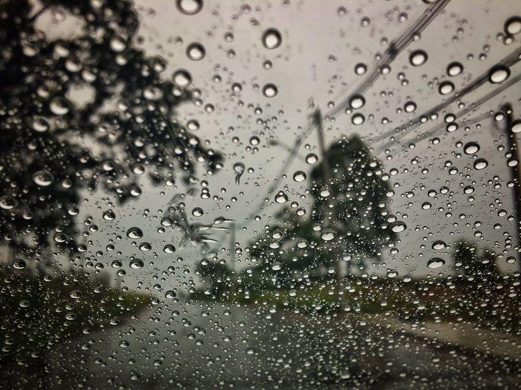 Quarta-feira será de muita chuva em Botucatu, diz meteorologia -     Nesta quarta-feira, dia 01 de fevereiro, o ar úmido e quente mantém o tempo instável em grande parte do estado de São Paulo e a formação de áreas de instabilidade provocam chuvas com trovoadas isoladas, principalmente no oeste, centro-oeste, norte e sul do estado.  Segundo o - http://acontecebotucatu.com.br/geral/quarta-feira-sera-de-muita-chuva-em-botucatu-diz-meteorologia/