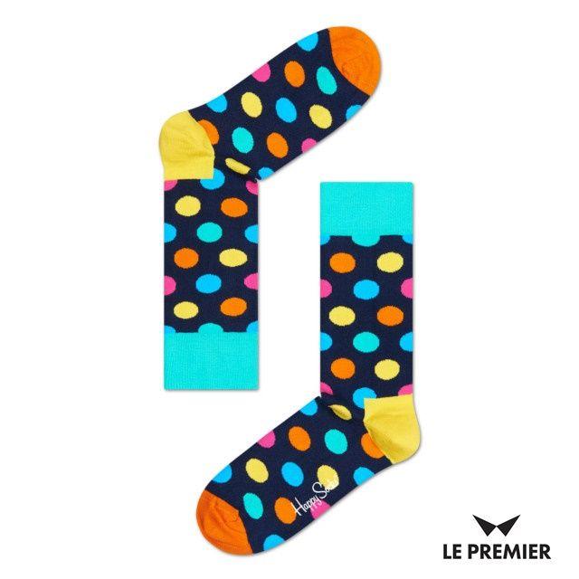 Zakupiłeś już swoją kolorową parę skarpetek? Tak, czy nie, para granatowych skarpetek Happy Socks - the official page w różnokolorowe grochy zawsze się przyda! Do kupienia na www.le-premier.pl #czarneskarpetytonuda #pomyslynaprezenty #lepremier #happysocks