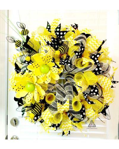 Buzzzy Bees, Honey Bee Deco Mesh Wreath | CraftOutlet.com Photo Contest