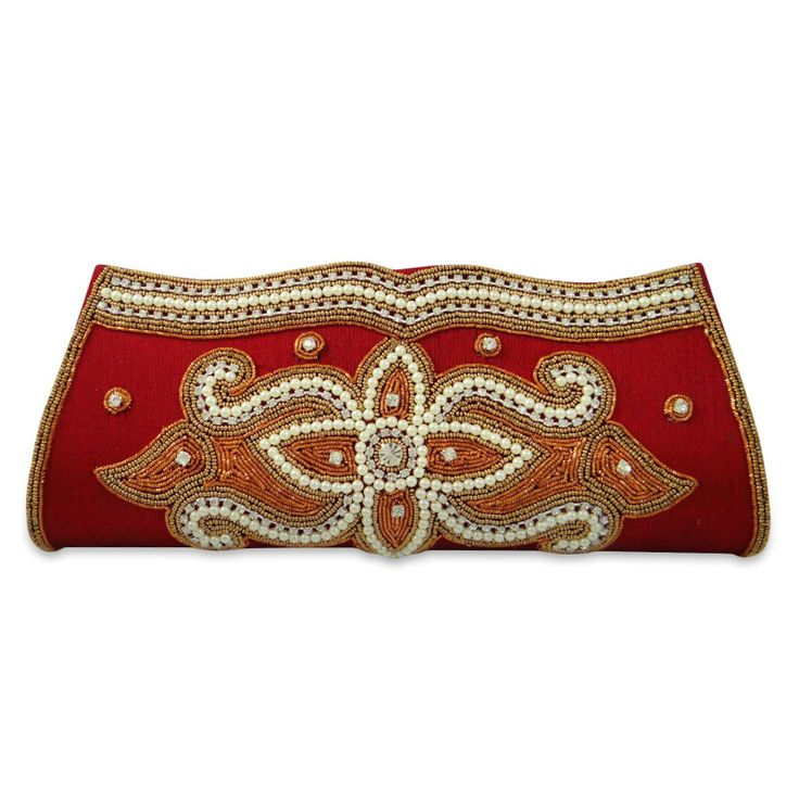 Beautiful and elegant beaded women clutch/ purse. ..this is img