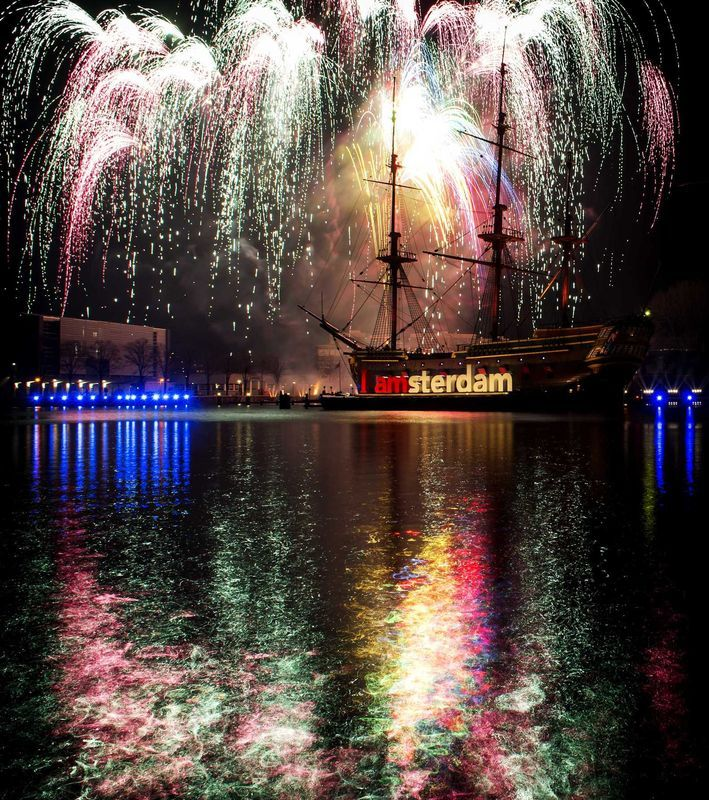 1/1/2015. New Year firework show at the Oosterdok near the