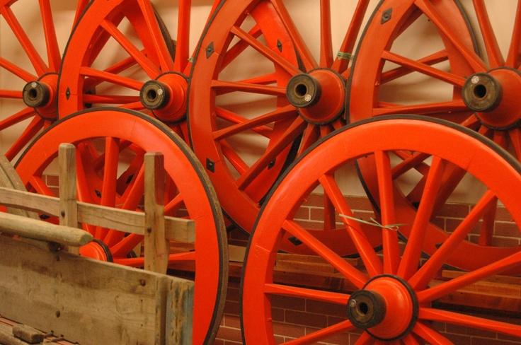 Le sgargianti ruote del carretto abruzzese