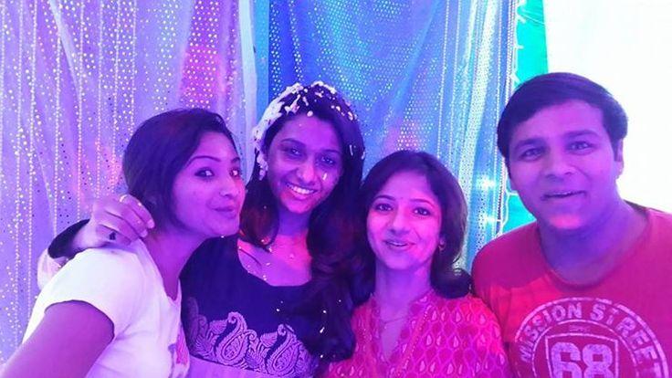Priya Bhavani Shankar With her Friends