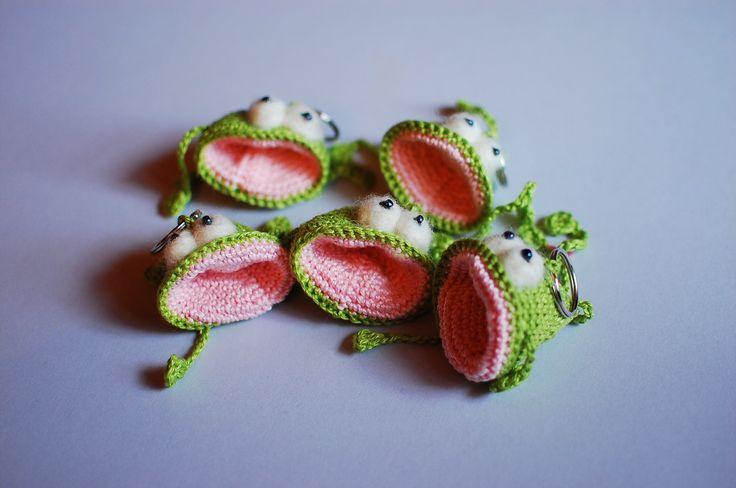 frog keyrings