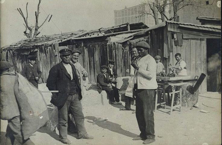 Churrería al aire libre. Madrid, 1900.